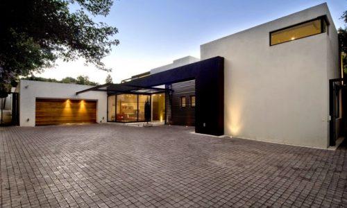CASA MOSI, por Nico van der Meulen Architects