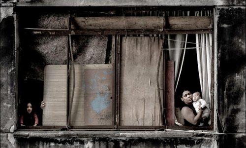 Reflexões Urbanas: As Janelas de Uma Ocupação