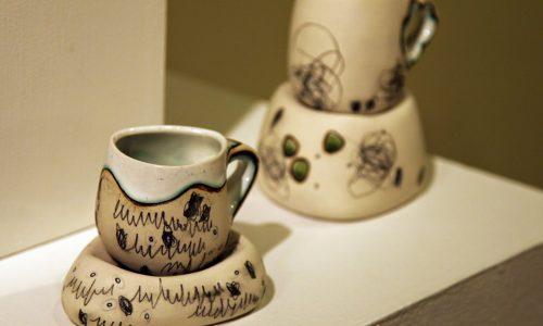 Arte e Funcionalidade na Porcelana de Todo Dia